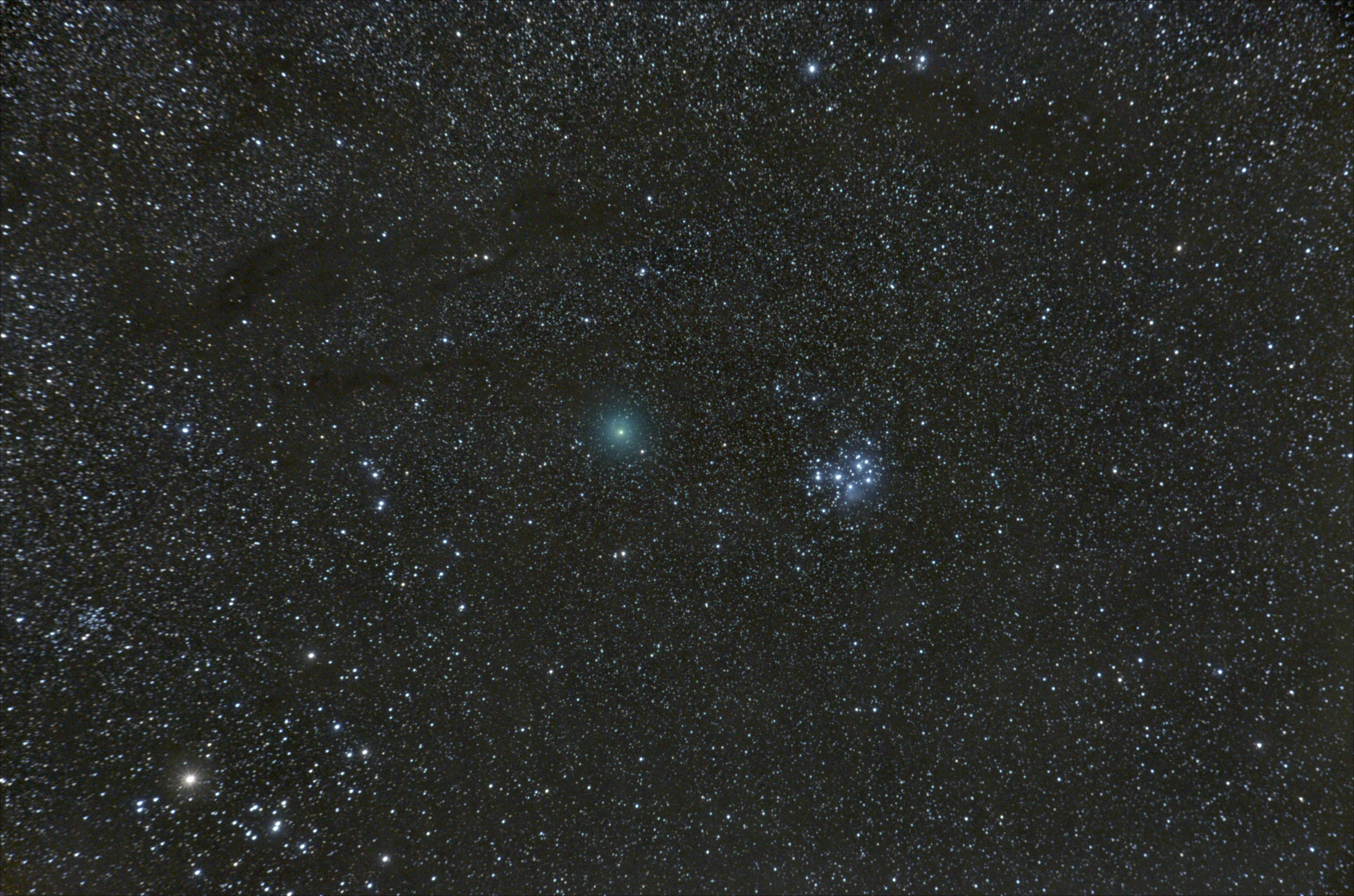 Comet Wirtanen passing the Pleiades on December 17th 2018